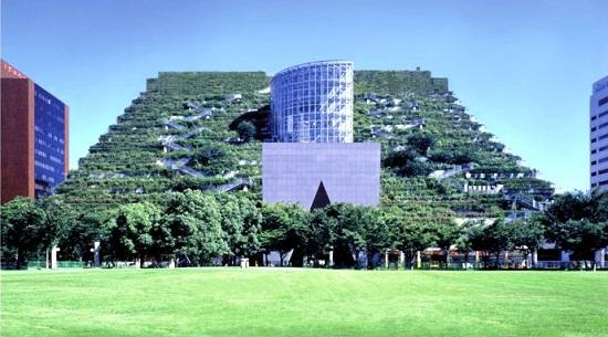 Edificio ACROS Fukuoka, Japón